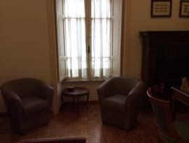 Psicoterapeuta condivide studio in Prati