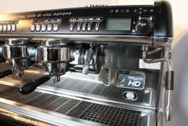 Macchina Caffè Professionale automatica La Cimbali M39 3 gruppi