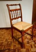 Sedie classiche in legno massiccio di ciliegio con seduta in paglia