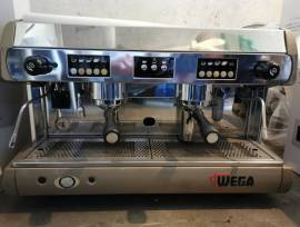 Caffe macchina Wega + Macinacaffe per Bar