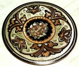 Piatto in rame battutto a mano decorazione stile Araba diametro cm.19,5 nuovo