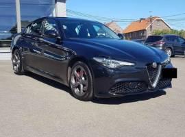 2017 Alfa Romeo Giulia 2.0 T AWD Veloce Q4e Q4