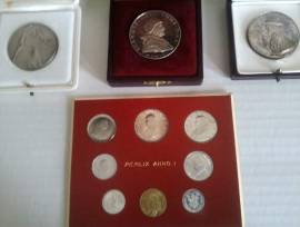 Lotto monete e medaglie Vaticano