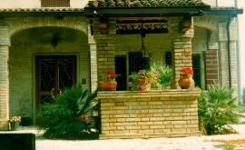 Casa di campagna con Capannone nel modenese