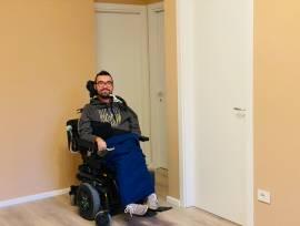 Assistente personale per persona con disabilità motoria