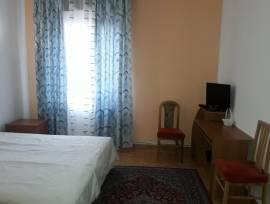 Borgo Roma - Stanza per 1 signora/ragazza