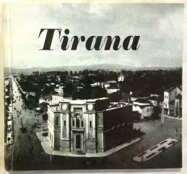 Tirana Ne Kartolina Deri Ne Vitin '44. Tirana In Postcards Till The Year '44 of Gazmend Bakiu as new