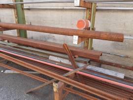 Trapano radiale Itama e materiale ferroso vario