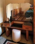 Toilette in radica lavorata a mano risalente agli anni 1940 1950