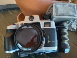 Macchina fotografica vintage CANOMATIK 50mm