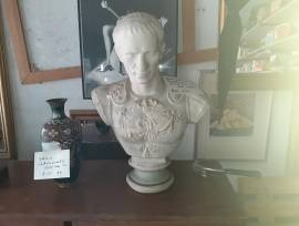 BUSTO IN PORCELLANA BISQUIT