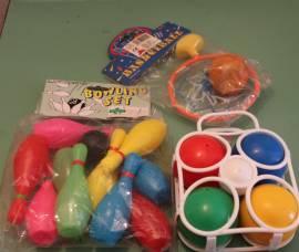 Lotto 3 blister giochi bambini sport e sportivi bocce birilli canestro anni 80/90