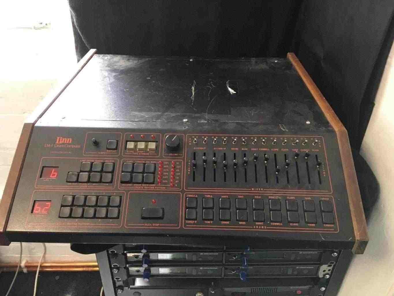 Linn Lm1 ancienne drum machine Computer