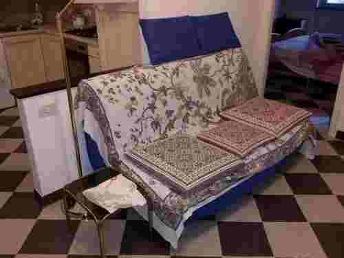 Divano letto tipo Ikea