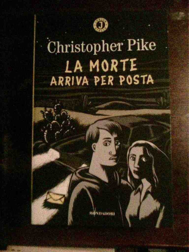 Christopher Pike - La morte arriva per posta