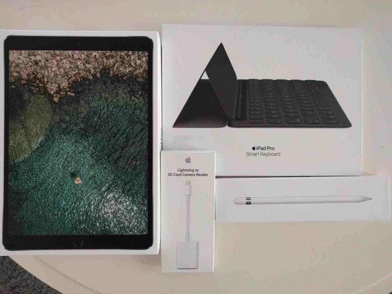offro-iPad Pro 256GB Wi-Fi 420 €