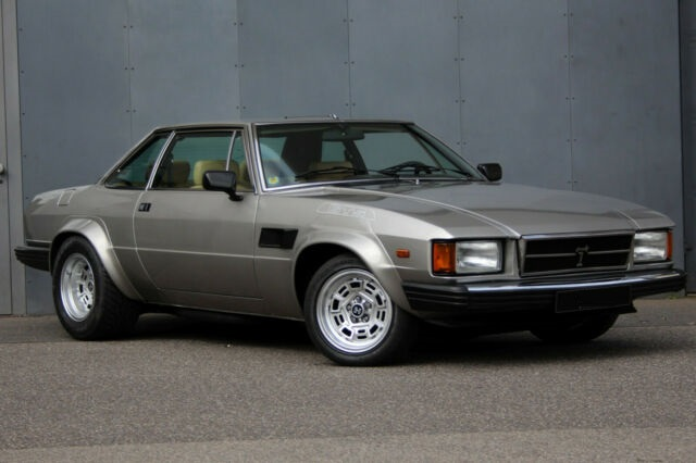 1983 DeTomaso Longchamp GTS