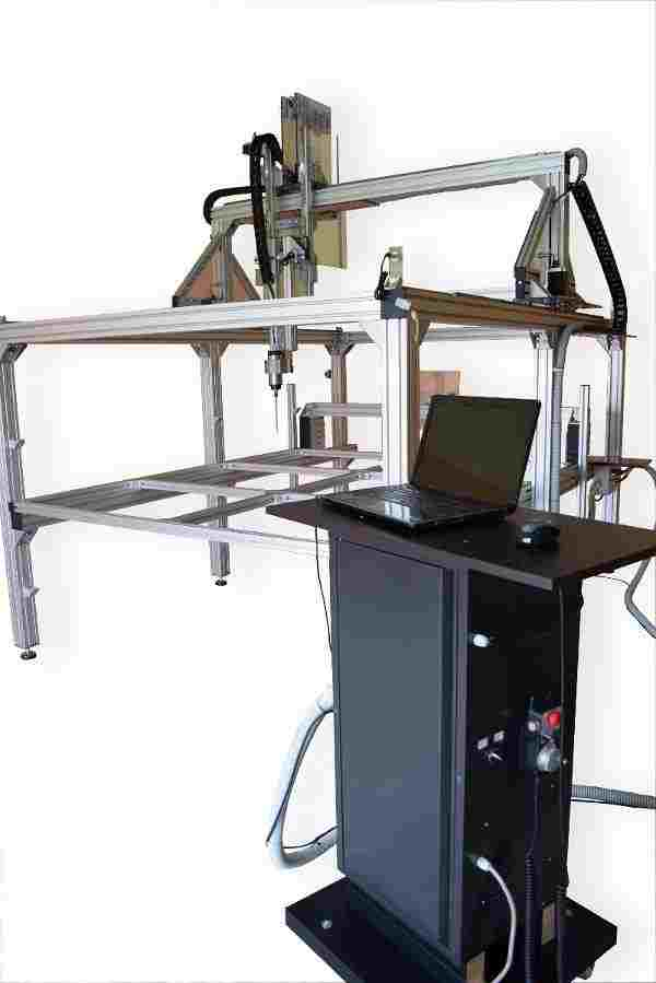 Fresatrice CNC 3D verticale 4 assi, ampia area di lavoro
