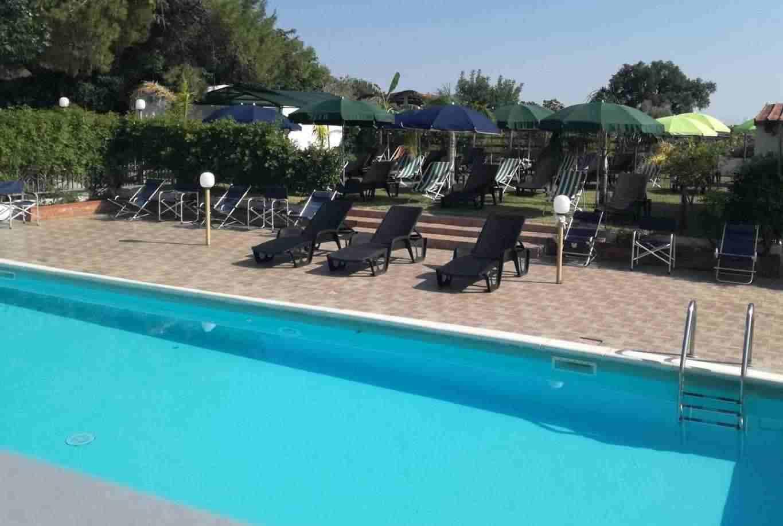 Agriturismo con piscine e tanti spazi verdi