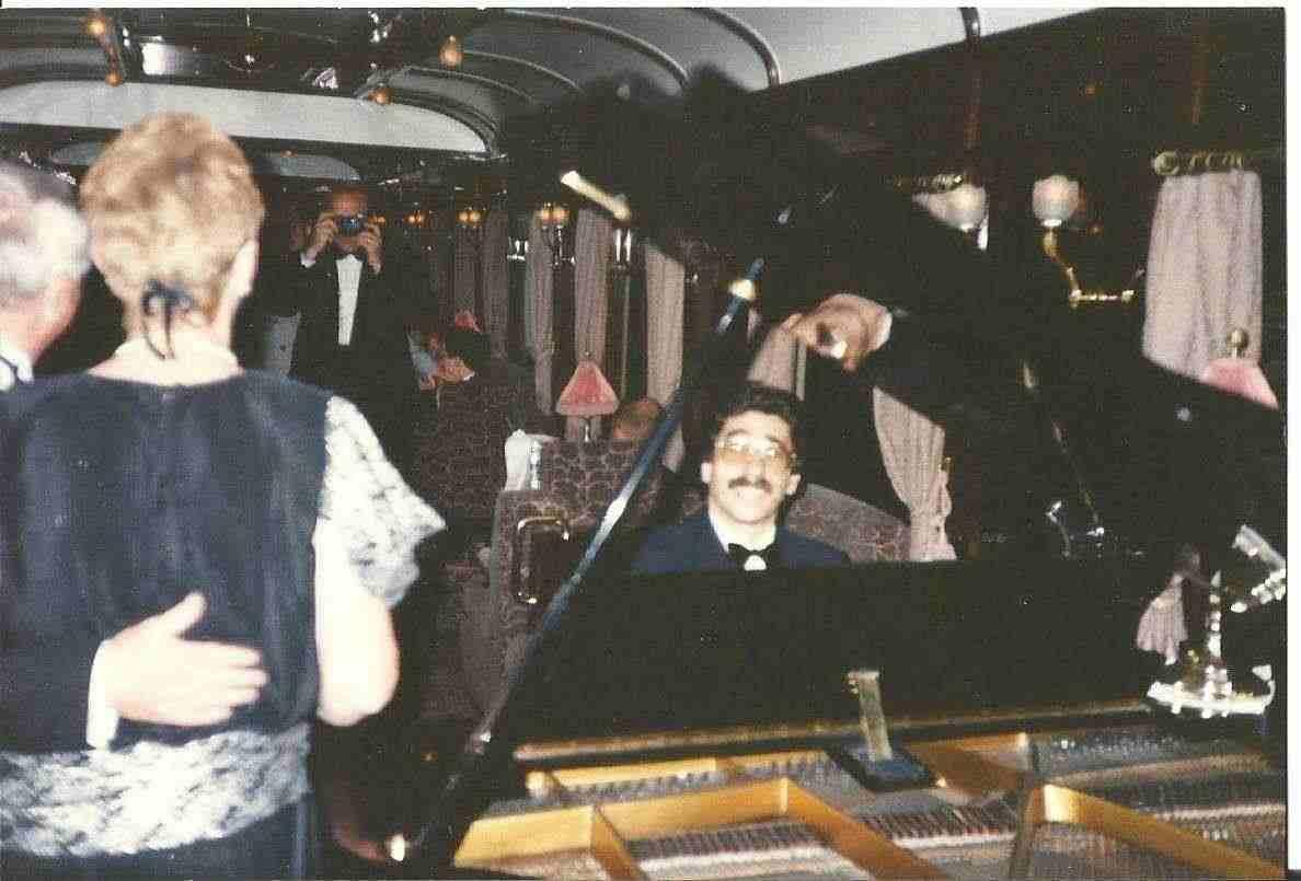 sono un pianista di piano bar diplomato-ve-