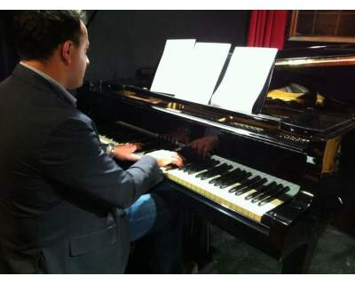 LAVORO INSEGNANTE DI PIANOFORTE