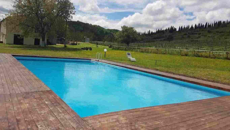 Colonica nel Chianti con piscina a 16 km da Firenze