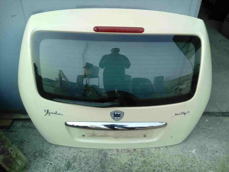 Portellone con lunotto Lancia Ypsilon anno 2007