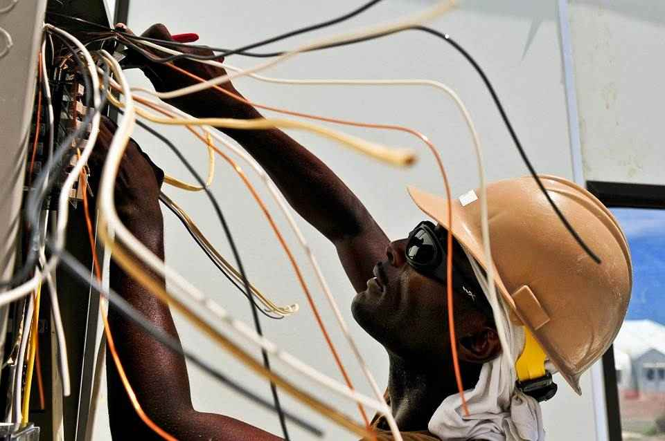 Elettricista manutentore