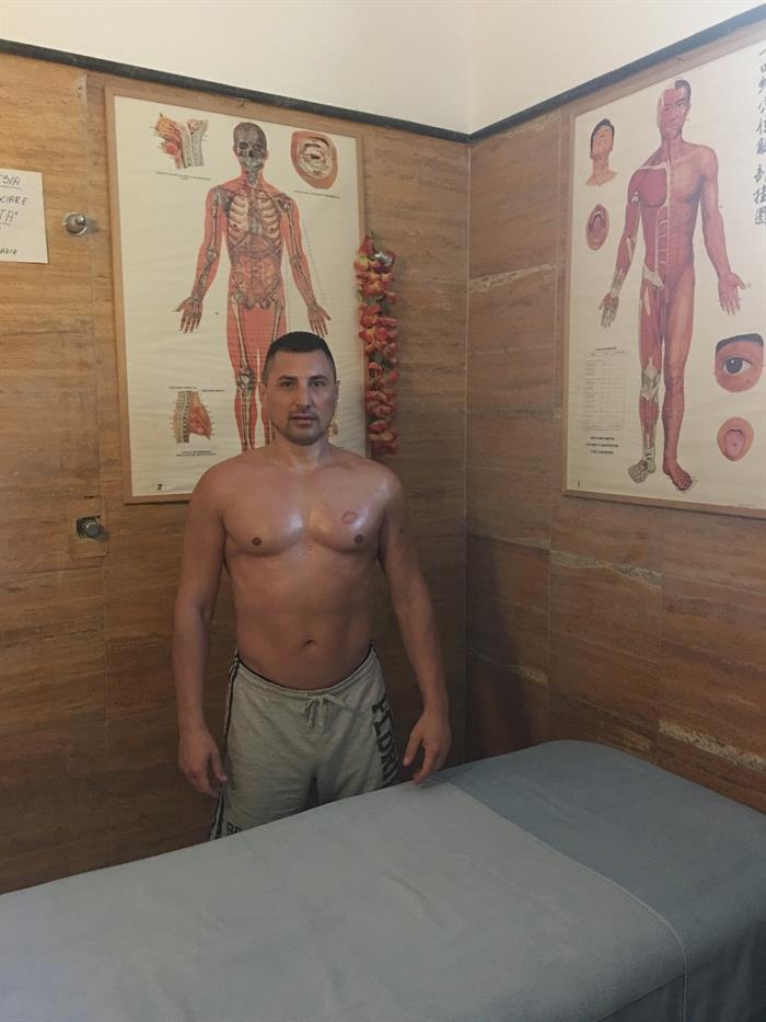 Dottor Fisioterapista e massaggiatore