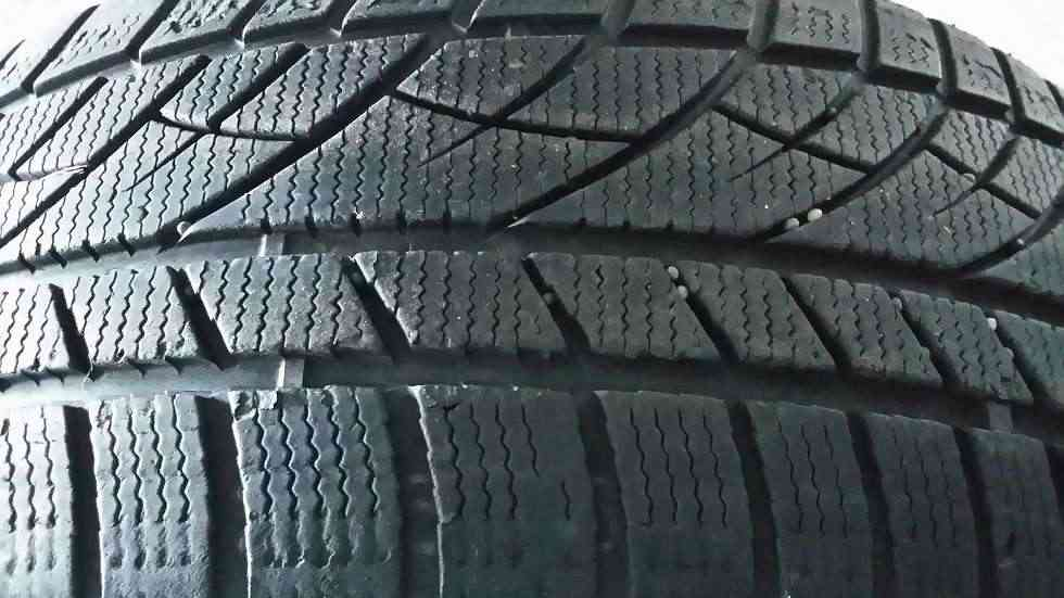 Gomme 215 55 17 Evergreen