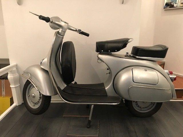 Vendo mio moto Vespa 150 cc eng 1965