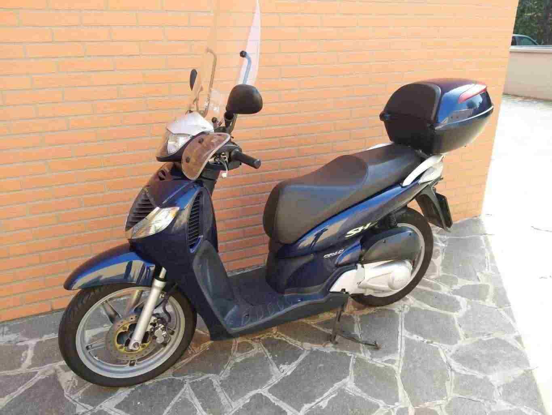 Scooter Honda SH 150i blu - 2006