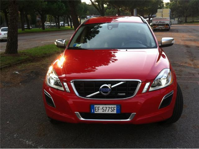 Volvo XC 60 D3 AWD Geartronic R-design
