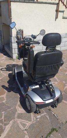 Scooter elettrico per anziani / disabili