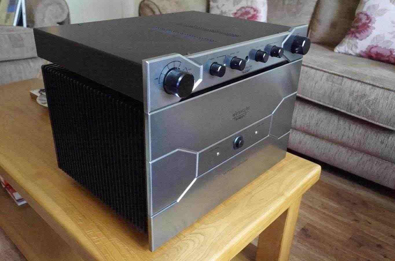 Sugden Masterclass AA - Pre & Power Amplifier