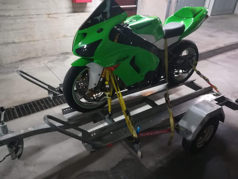rimorchio carrello porta moto