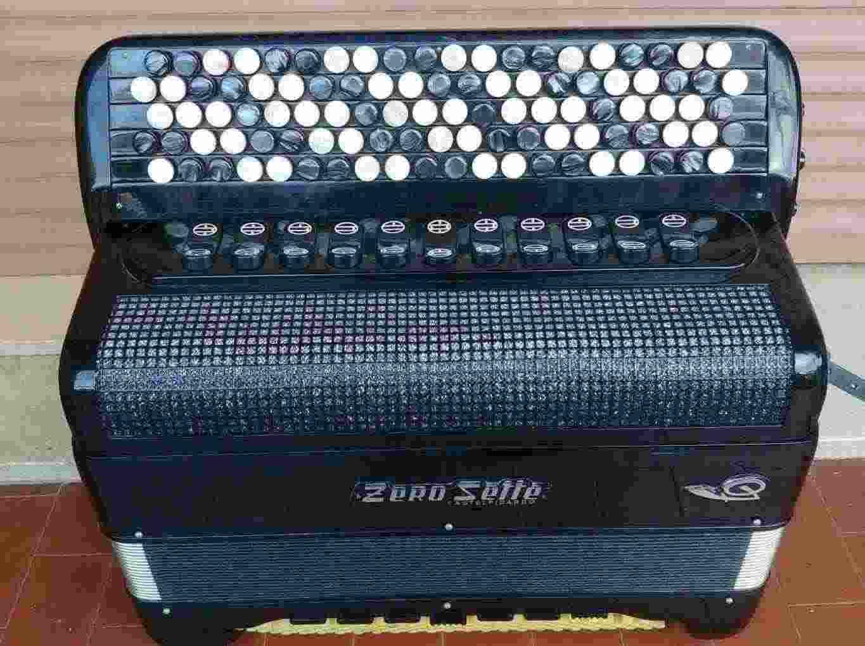Fisarmonica Zerosette B32