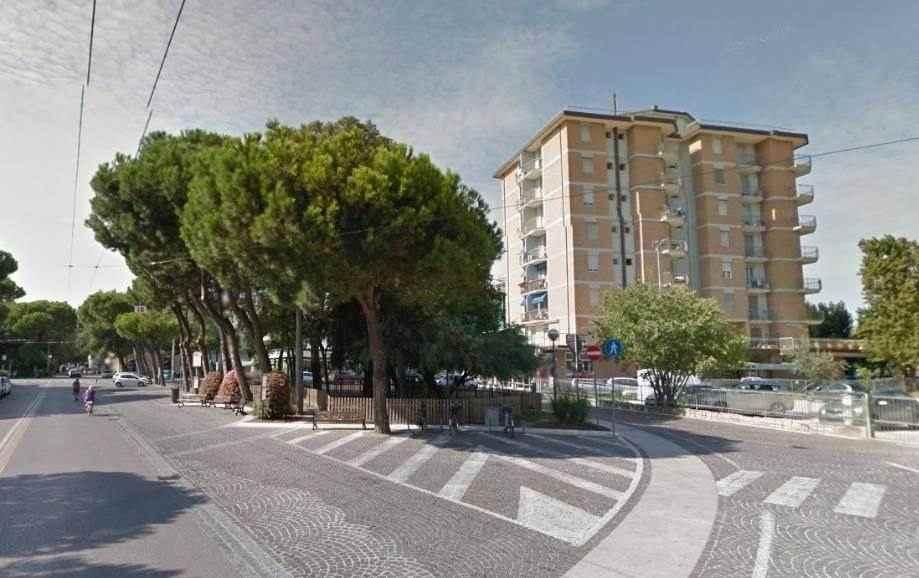Appartamento a MARINACENTRO davanti al MARE!