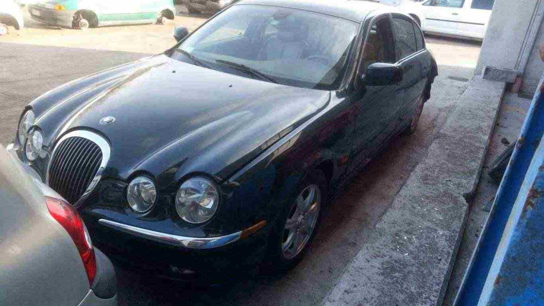 Pezzi per Jaguar S-Type 3.0 anno 2000 FC