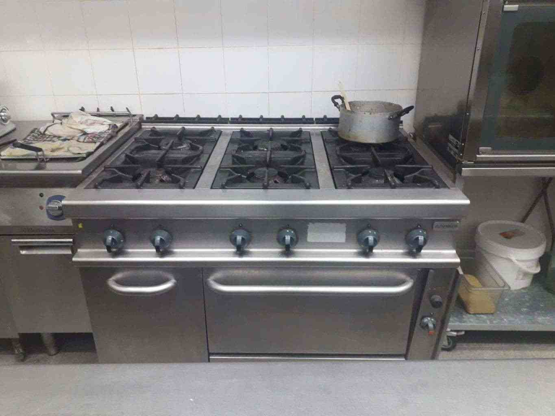 cucina a gas sei fuochi con forno