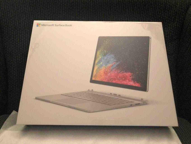 annuncio Microsoft Surface Book 2 Display 13.5