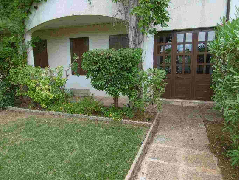 Villa Terramare fronte darsena con ampio giardino