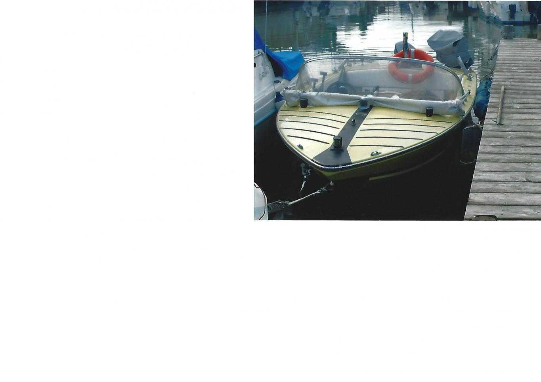 barca a motore motoscafo