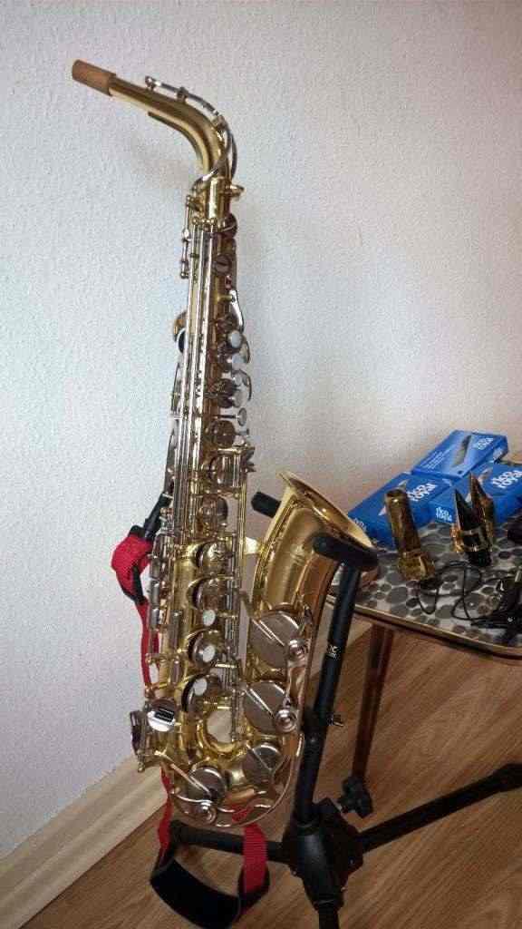Alto Saxophone Yamaha YAS-25
