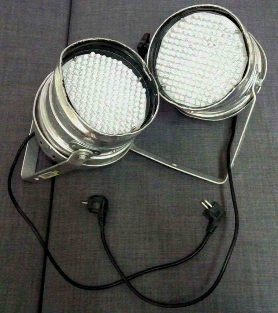 Luci LED Proel, in coppia