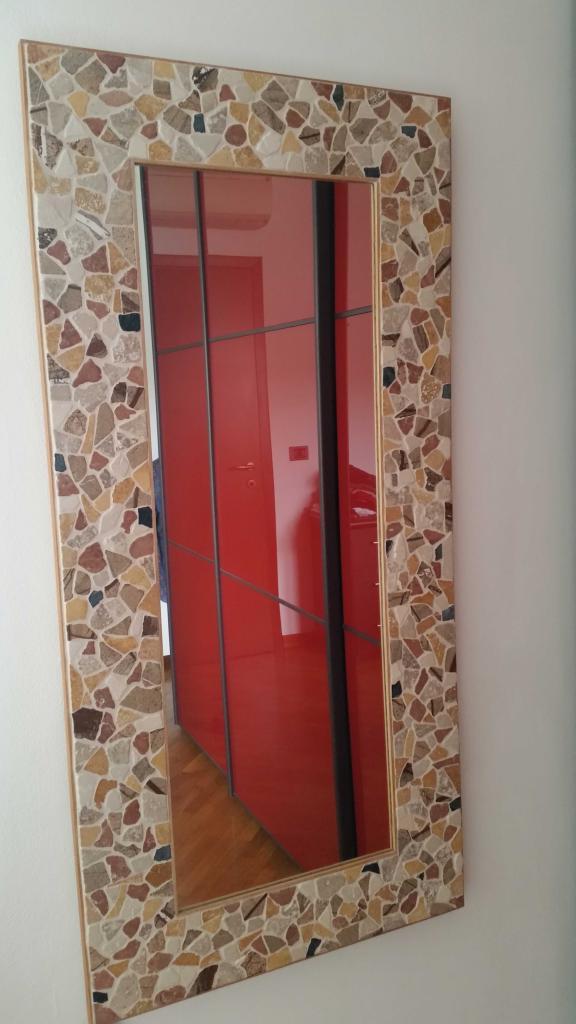 Specchio in mosaico di marmo 127x62