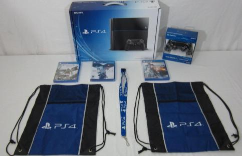 Vendo - PlayStation 4 sigillata 500GB Include 3 Giochi