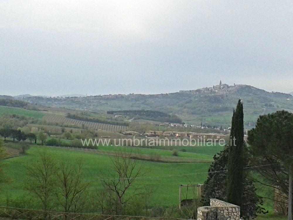 Rif. 438 terreno edificabile a Todi