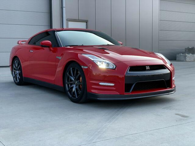 Nissan GT-R 3.8 V6 Turbo 550 cv