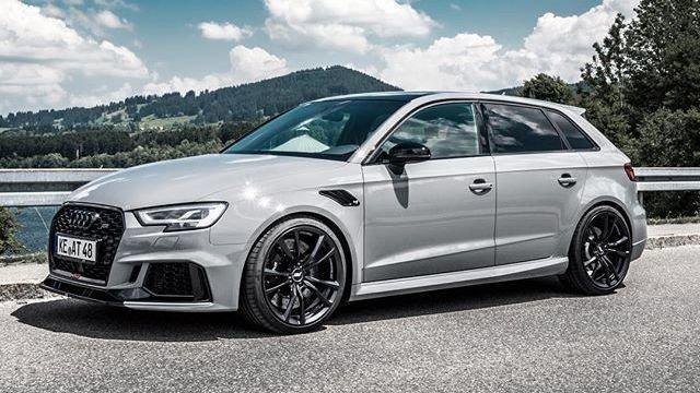Audi Rs3 a noleggio breve termine o più giorni